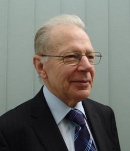Dr Philip Hills